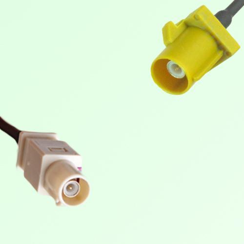 FAKRA SMB I 1001 beige Male Plug to K 1027 Curry Male Plug Cable
